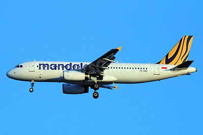 Mandala Airlines (Tiger Airways Indonesia) Airbus A320-232 PK-RMQ (msn 5335) BKK (Michael B. Ing). Image: 922296.