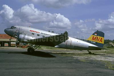 Merpati Nusantara Airlines Douglas C-47A-DK (DC-3) PK-NDM (msn 13619) DPS (Christian Volpati). Image: 901002.