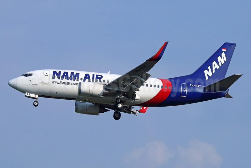 NAM Air Boeing 737-524 WL PK-NAT (msn 27529) (Sriwijaya colors) CGK (Michael B. Ing). Image: 934014.