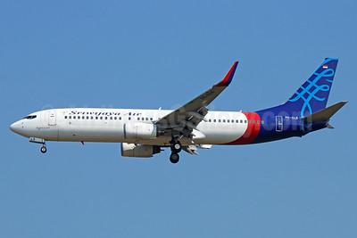 Sriwijaya Air Boeing 737-8K5 WL PK-CLS (msn 27985) CGK (Michael B. Ing). Image: 929056.