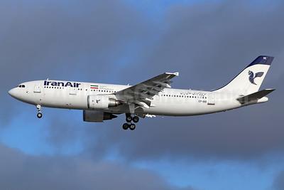 IranAir-The Airline of the Islamic Republic of Iran Airbus A300B4-605R EP-IBB (msn 727) LHR (Keith Burton). Image: 935160.