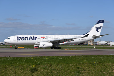 IranAir-The Airline of the Islamic Republic of Iran Airbus A330-243 EP-IJB (msn 1586) AMS (Ton Jochems). Image: 946127.