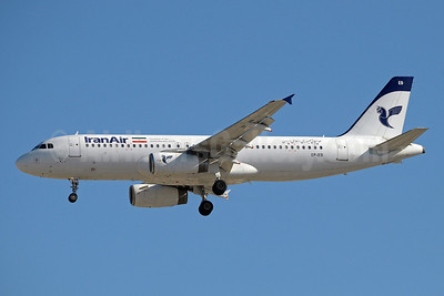 IranAir-The Airline of the Islamic Republic of Iran Airbus A320-232 EP-IEB  (msn 575) DXB (Paul Denton). Image: 912943.