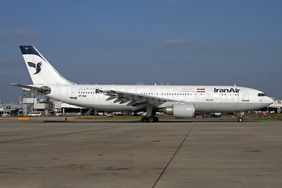IranAir-The Airline of the Islamic Republic of Iran Airbus A300B4-605R EP-IBA (msn 723) LHR (SPA). Image: 924605.