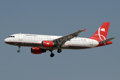Qeshm Air Airbus A320-214 EY-632 (msn 617) DXB (Paul Denton). Image: 921974.