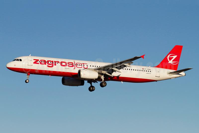 Zagrosjet (Atlasjet) Airbus A321-231 YI-AQU (msn 1878) (Atlasjet colors) ARN (Stefan Sjogren). Image: 921189.