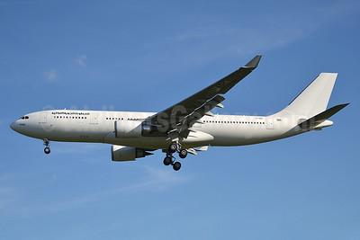 Iraqi Airways Airbus A330-202 YI-AQY (msn 1339) LGW (Robbie Shaw). Image: 912467.