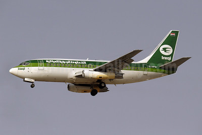 Iraqi Airways Boeing 737-2B7 YI-APW (msn 22885) DXB (Paul Denton). Image: 910104.