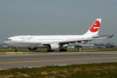 Israir (Eurofly) Airbus A330-223 4X-ABE (msn 822) (Eurofly colors) AMS (Ton Jochems). Image: 934403.