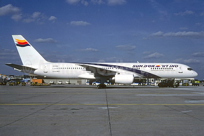 Sun d'Or International Airlines Boeing 757-258 4X-EBV (msn 26054) (El Al colors) FRA (Christian Volpati Collection). Image: 928729.