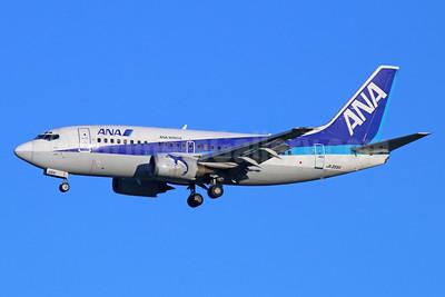 ANA (All Nippon Airways)-ANA Wings Boeing 737-5L9 JA356K (msn 28083) NRT (Michael B. Ing). Image: 934243.