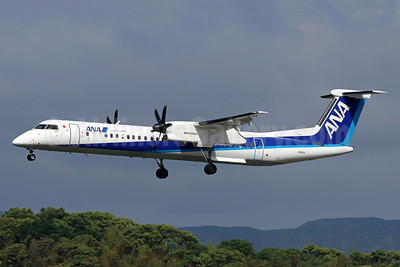ANA (All Nippon Airways)-ANA Wings Bombardier DHC-8-402 (Q400) JA463A (msn 4558) FUK (Michael B. Ing). Image: 942459.