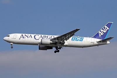 ANA Cargo (All Nippon Airways)-Air Japan-Nippon Express Boeing 767-381F ER JA602F (msn 33509) (OCS) NRT (Michael B. Ing). Image: 920165.