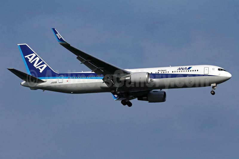 ANA (All Nippon Airways)-Air Japan Boeing 767-381 ER WL JA619A (msn 40564) SIN (Michael B. Ing). Image: 907310.