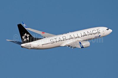 ANA (All Nippon Airways) (Air Nippon) Boeing 737-881 WL JA51AN (msn 33886) (Star Alliance) HND (Akira Uekawa). Image: 906481.