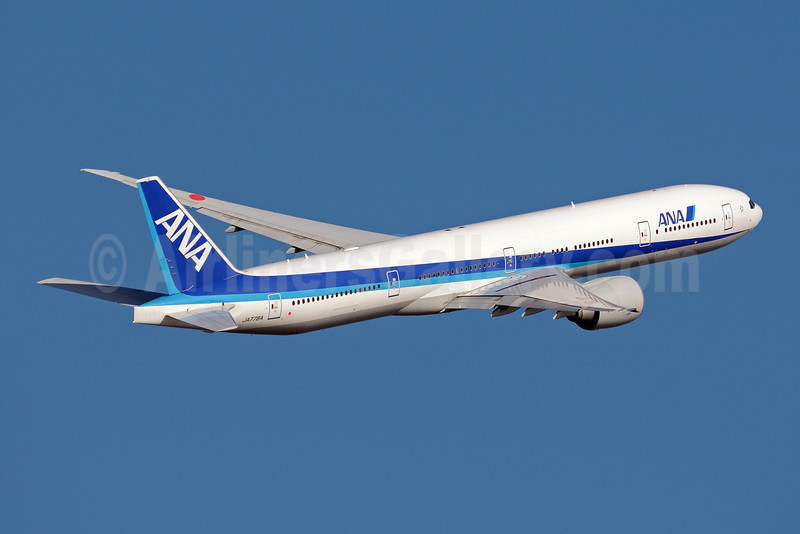 ANA (All Nippon Airways) Boeing 777-381 ER JA778A (msn 32651) HND (Akira Uekawa). Image: 906480.