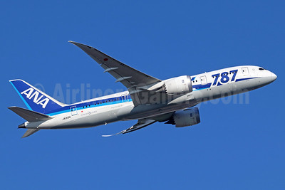 ANA (All Nippon Airways) Boeing 787-8 Dreamliner JA815A (msn 40899) NRT (Michael B. Ing). Image: 935614.