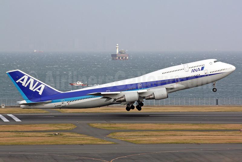 ANA (All Nippon Airways) Boeing 747-481 JA8961 (msn 25644) HND (Michael B. Ing). Image: 922466.