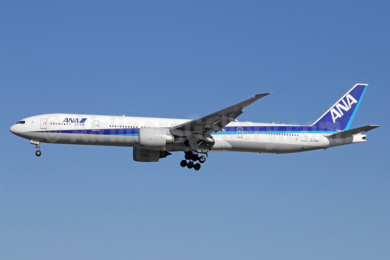 ANA (All Nippon Airways) Boeing 777-381 ER JA733A (msn 32648) LAX (Michael B. Ing). Image: 921429.