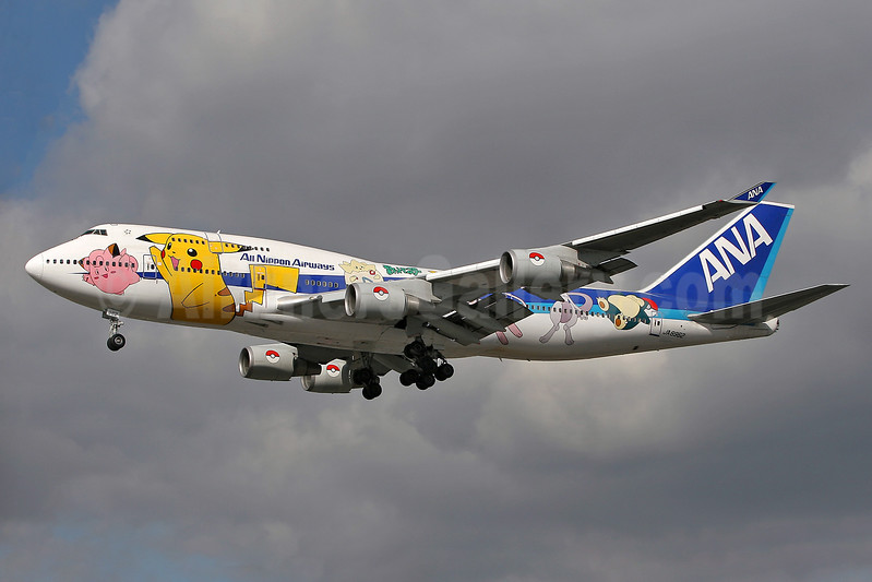 ANA (All Nippon Airways) Boeing 747-481 JA8962 (msn 25645) (Pocket Monsters) LHR (Keith Burton). Image: 900281.