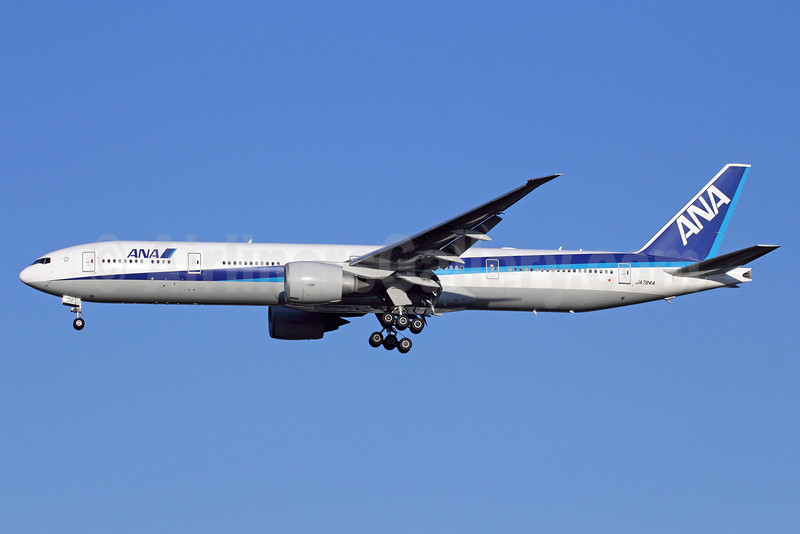 ANA (All Nippon Airways) Boeing 777-381 ER JA784A (msn 37950) NRT (Michael B. Ing). Image: 912571.