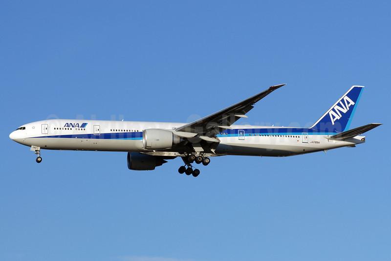 ANA (All Nippon Airways) Boeing 777-381 ER JA789A (msn 40687) LHR (Rolf Wallner). Image: 906225.