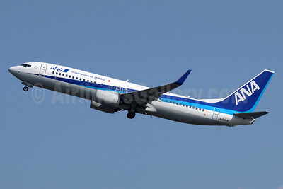ANA (All Nippon Airways) Boeing 737-881 WL JA80AN (msn 44558) (Inspiration of Japan) HND (Michael B. Ing). Image: 940426.