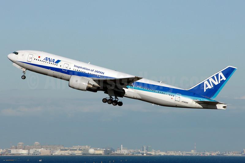 ANA (All Nippon Airways) Boeing 777-281 JA8199 (msn 27029) (Inspiration of Japan) HND (TMK Photography). Image: 927315.