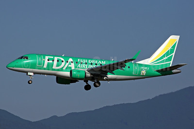 FDA-Fuji Dream Airlines Embraer ERJ 170-100SU JA04FJ (msn 17000129) FUK (Rob Finlayson). Image: 946718.