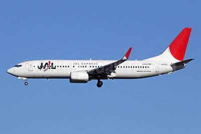 JAL-JAL Express Boeing 737-846 WL JA336J (msn 40351) NRT (Michael B. Ing). Image: 912018.