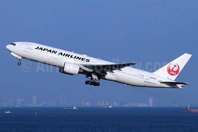 JAL-Japan Airlines Boeing 777-289 JA007D (msn 27639) HND (Michael B. Ing). Image: 940435.