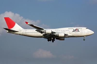 JAL-Japan Airlines Boeing 747-446 JA8077 (msn 24784) NRT (Michael B. Ing). Image: 901542.