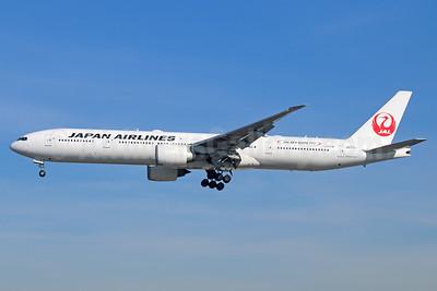 JAL-Japan Airlines Boeing 777-346 ER JA731J (msn 32431) (JAL Sky Suite 777) LAX (Michael B. Ing). Image: 939531.