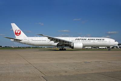 JAL-Japan Airlines Boeing 777-346 ER JA737J (msn 36126) LHR (SPA). Image: 940152.