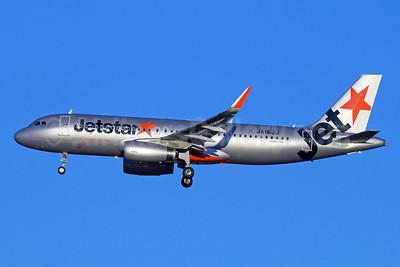 Jetstar (Japan) Airbus A320-232 WL JA16JJ (msn 5717) NRT (Michael B. Ing). Image: 922320.