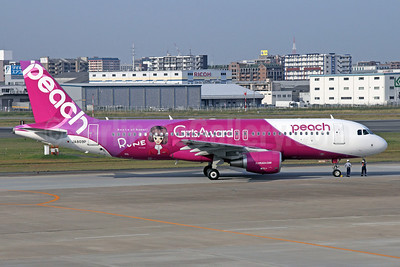 Peach Aviation (Japan) Airbus A320-214 JA809P (msn 5640) (Girls Award - Rune - Roots of Kawaii) FUK (Michael B. Ing). Image: 921028.