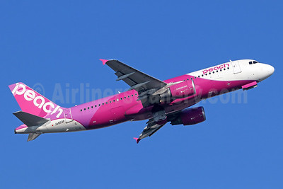 Peach Aviation (Japan) Airbus A320-214 JA803P (msn 5015) NRT (Michael B. Ing). Image: 936784.