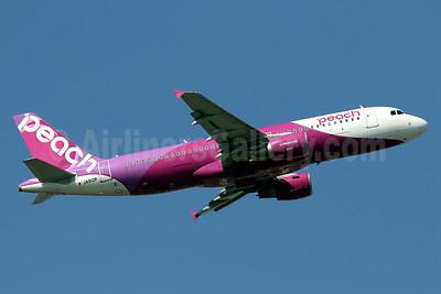 Peach Aviation (Japan) Airbus A320-214 JA812P (msn 6004) HKG (Javier Rodriguez). Image: 936786.