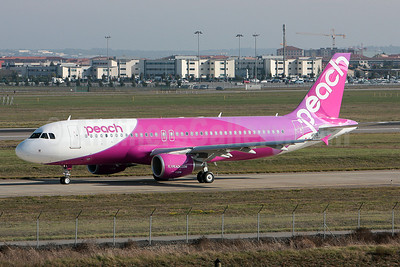 Peach Aviation (Japan) Airbus A320-214 F-WWBU (JA802P) (msn 4936) TLS (Olivier Gregoire). Image: 908351.
