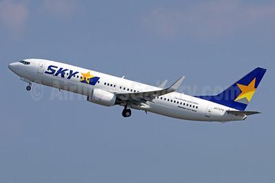SKY-Skymark Airlines Boeing 737-8FZ WL JA737Y (msn 29663) HND (Michael B. Ing). Image: 940389.