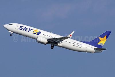 SKY-Skymark Airlines Boeing 737-86N WL JA73NX (msn 38045) HND (Michael B. Ing). Image: 940390.