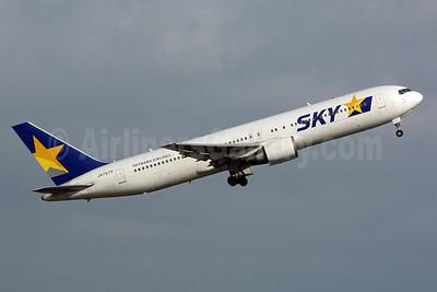 SKY-Skymark Airlines Boeing 767-38E ER JA767F (msn 30840) HND (Michael B. Ing). Image: 901719.