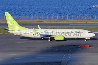 Solaseed Air Boeing 737-86N WL JA804X (msn 38026) HND (Michael B. Ing). Image: 909655.