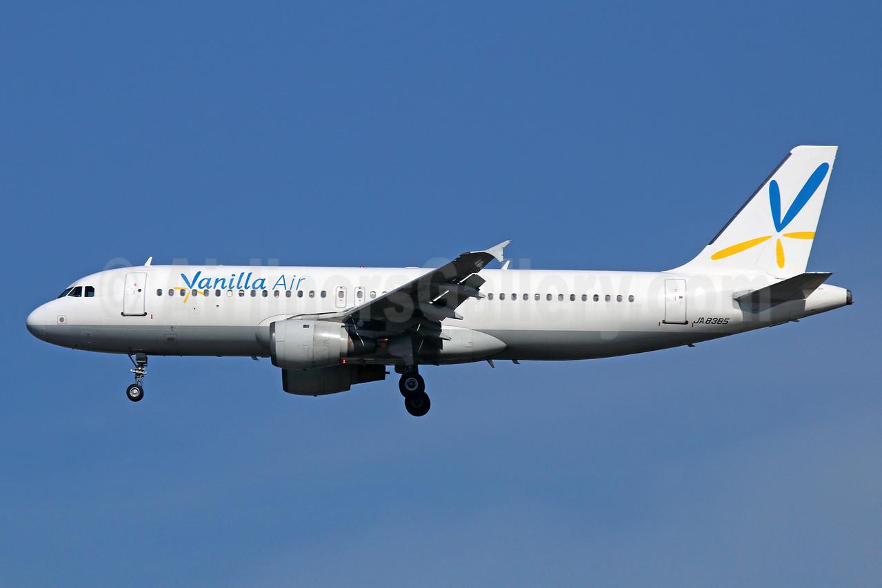 Vanilla Air Airbus A320-211 JA8385 (msn 167) NRT (Michael B. Ing). Image: 924841.
