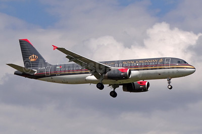 Royal Jordanian Airlines Airbus A320-232 JY-AYW (msn 5367) ZRH (Paul Bannwarth). Image: 939946.