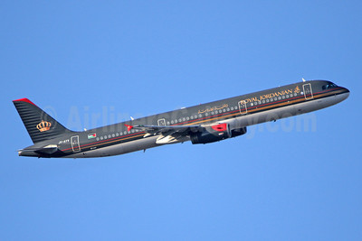 Royal Jordanian Airlines Airbus A321-231 JY-AYV (msn 5177) LHR (SPA). Image: 8=941332.