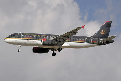 Royal Jordanian Airlines Airbus A320-232 F-OHGX (msn 2953) DXB (Paul Denton). Image: 910964.