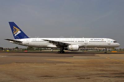 Air Astana Boeing 757-2G5 P4-FAS (msn 29489) LHR (SPA). Image: 925371.