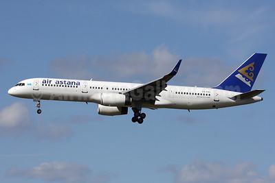 Air Astana Boeing 757-2G5 P4-FAS (msn 29489) LHR (SPA). Image: 928073.