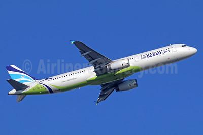 Air Busan (Air Busan.com) Airbus A321-231 HL7713 (msn 1734) NRT (Michael B. Ing). Image: 935618.